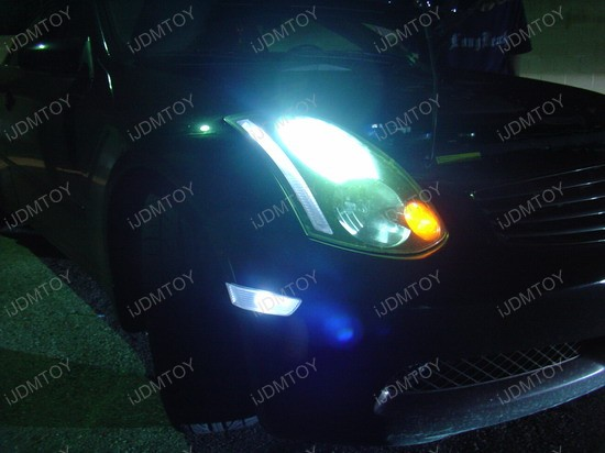 Infiniti - G35 - white - led - sidemarker - parking - lights - 2